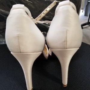 Adrianna Papell Aurora Heels